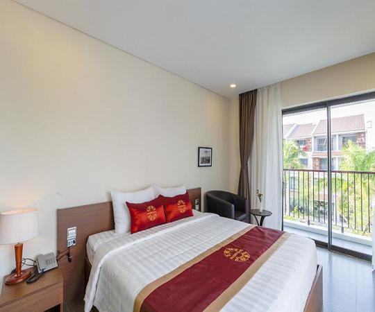 Phòng Tiêu chuẩn có giường King (Standard Room with King Bed)