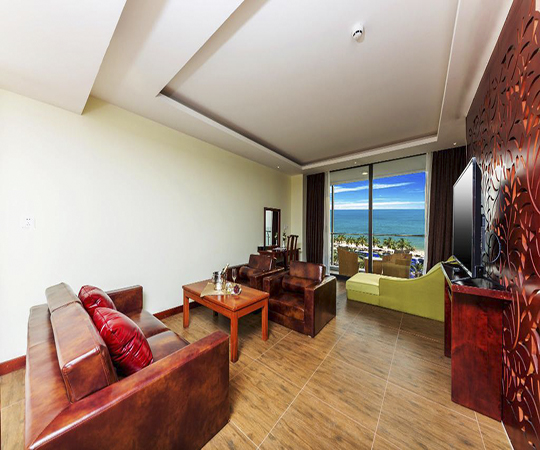 Phòng Suite Hướng biển (Suite Beach View Room)