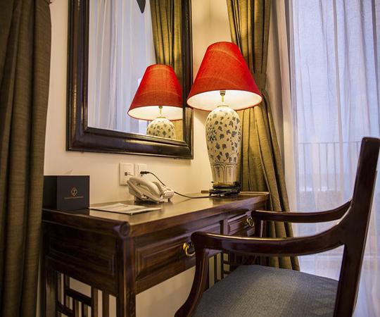 Phòng giường đôi Hướng sân vườn (Double Room with Garden View)