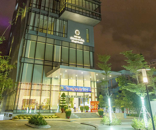 Danang Han River Hotel