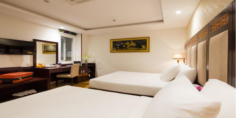 Phòng Standard Giường Đôi2 Giường Đơn Không có Cửa sổ